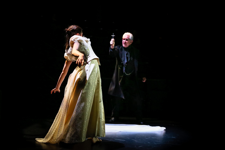 New Vic Theatre's 2015 production of Dracula. Photo © Andrew Billington / New Vic Theatre