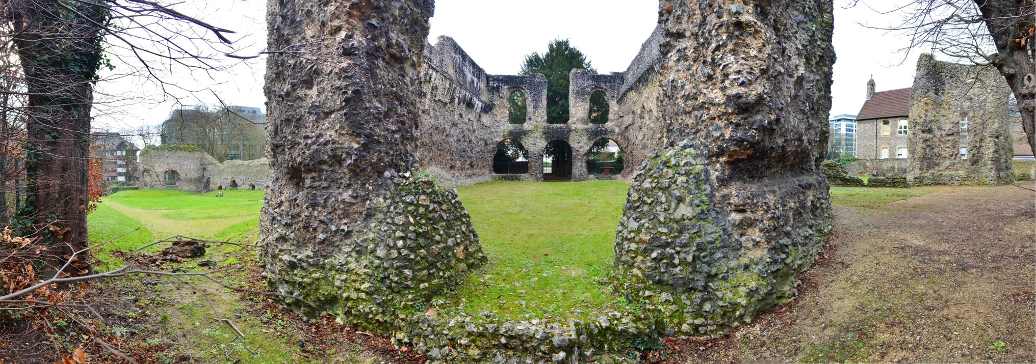 A picture of the abbey ruins in Reading